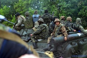 Vier Angriffe des Feindes in der Ostukraine