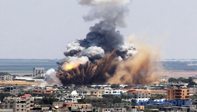 У сирійському місті Ракка від авіаударів загинули 40 мирних жителів