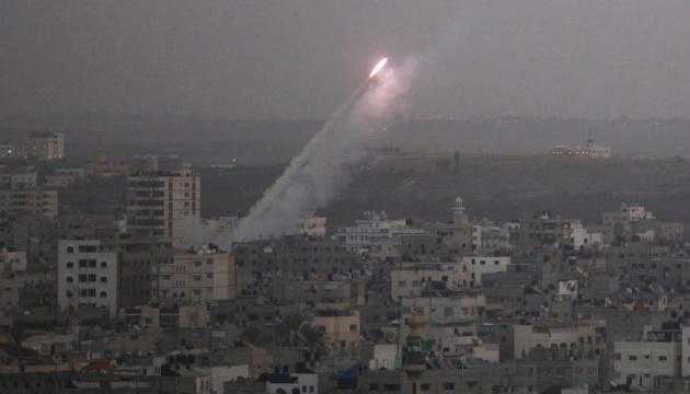Израиль нанес удар по ХАМАС в ответ на запуск ракеты