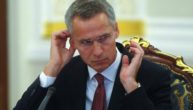 """Stoltenberg berichtet über """"beträchtliche Anzahl von russischen Streitkräften"""" in Syrien"""
