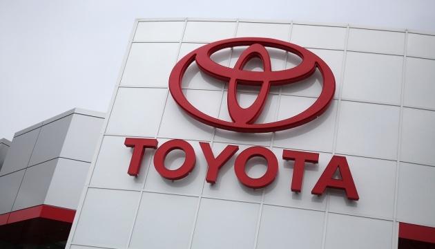 Toyota предложит бесплатно использовать свои патенты на