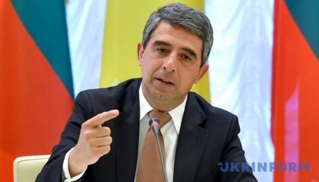 Экс-президент Болгарии работает сразу над тремя книгами