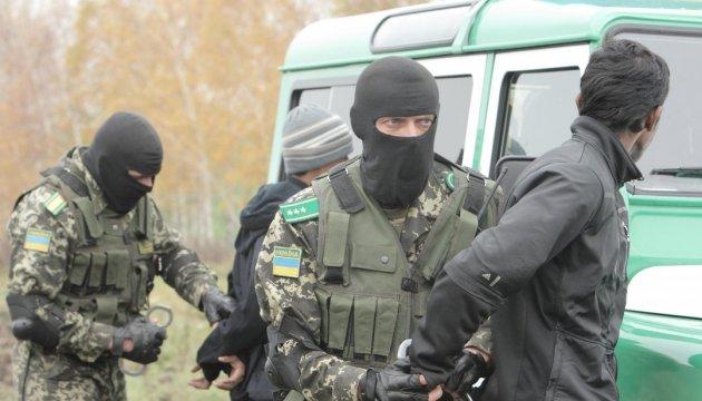 На Киевщине обезвредили канал передачи нелегалов в страны ЕС