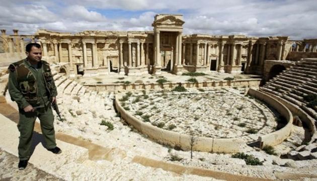Бойовики ІДІЛ зруйнували частину римського амфітеатру в Пальмірі