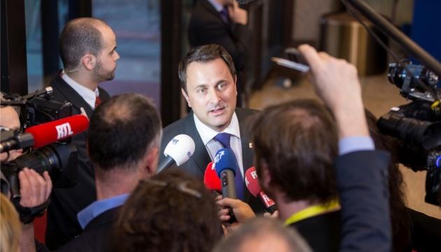 Прем'єр Люксембургу потрапив у лікарню з COVID-19