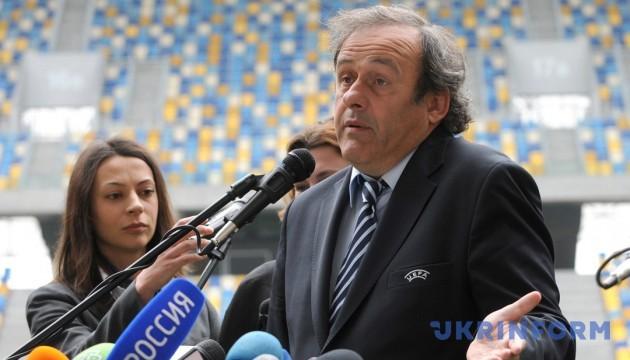 ФІФА має намір стягнути з Платіні майже €2 мільйони