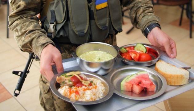 Харчування військових: у Міноборони розповіли про тендер, суд і відкриту справу