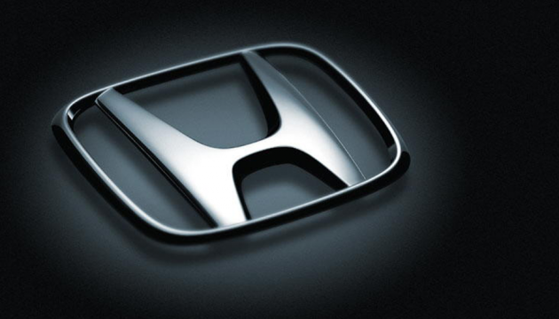 Honda отзывает более 100 тысяч минивэнов из-за открывающейся во время движения двери