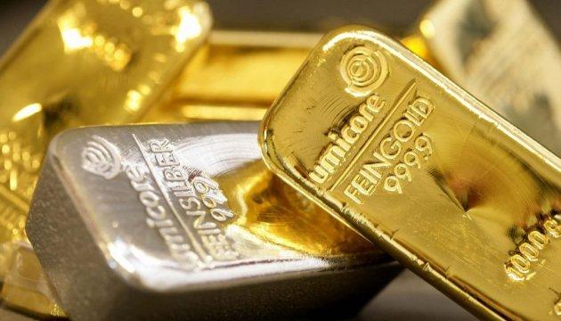 За кордоном арештували півтонни золота