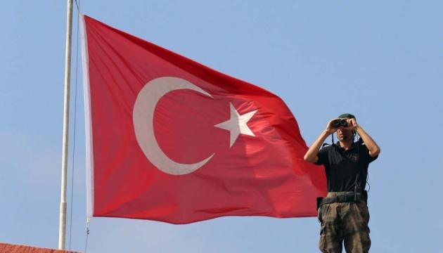 Турция: НАТО должен делать больше в борьбе с терроризмом