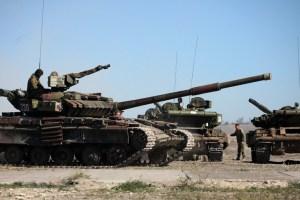 ОБСЄ зафіксувала вісім танків окупантів під Мирним і Кругликом