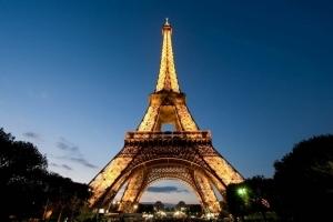 Общенациональная забастовка во Франции закрыла Эйфелевую башню