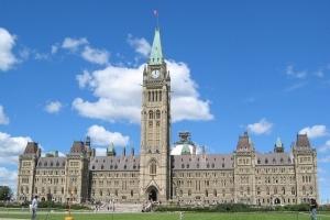 На виборах у Канаді перемагає партія Трюдо