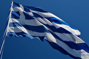 ゼレンシキー大統領、サケラロプル・ギリシャ大統領と電話会談 ワクチン供与協議
