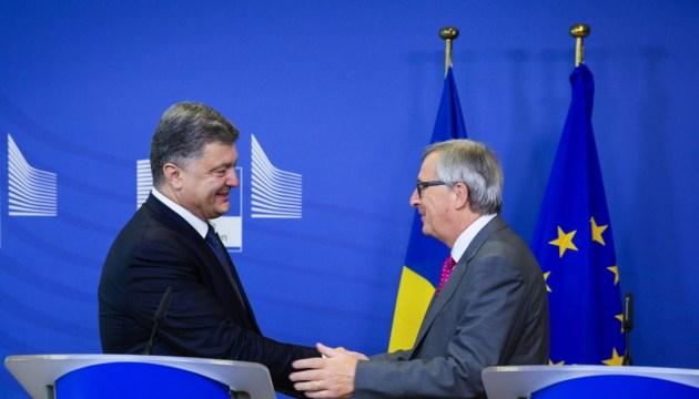 Poroshenko, Juncker discuss release of Ukrainian political prisoners held in Russia
