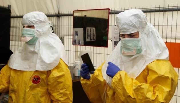 ВООЗ оголосила про перемогу над Еболою, але допускає нові спалахи