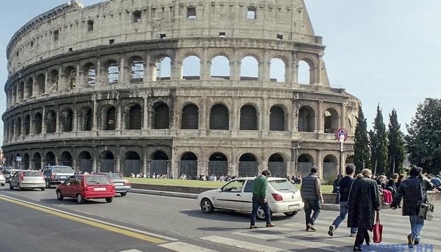 У Римі шукають невідомих, які почепили на мосту опудало Грети Тунберг