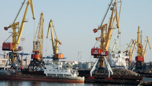 В Іллічівському порту відкрили першу чергу зернового терміналу швейцарської компанії
