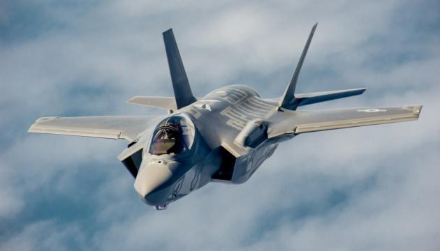США тестують винищувачі F-35 у Європі