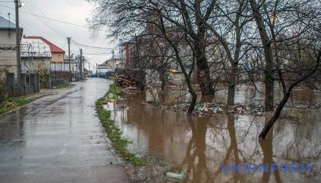 На Закарпатье открыли для авто дорогу, как только сошел паводок