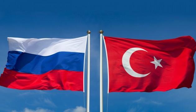 Россия не против участия США в переговорах по Сирии - МИД Турции