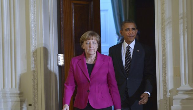 Obama, Merkel urge the parties to begin disengagement of forces in Donbas