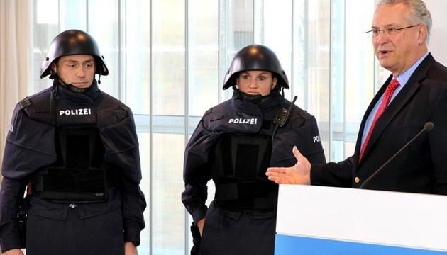 Баварскую полицию одели в стиле Звездных Войн