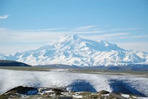 На Эльбрусе во время восхождения погибли пятеро альпинистов