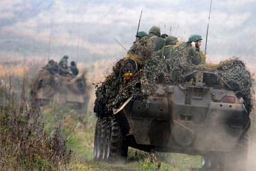 """Танки, """"Грады"""", гаубицы - оккупанты """"засветили"""" на Донбассе запрещенное вооружение"""