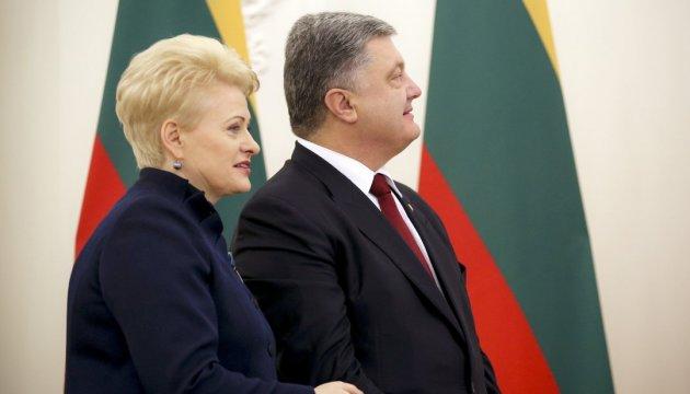 Poroshenko thanks Grybauskaite for support of Ukraine after Dutch referendum