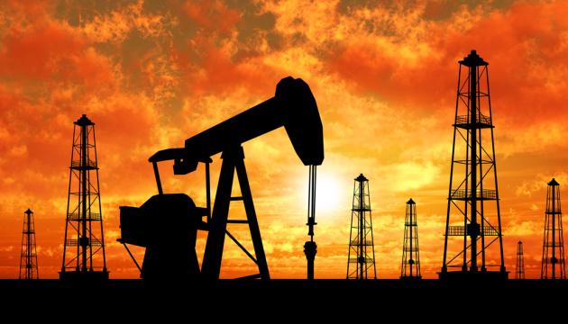 У Китаї - нафтовий бум на біржах