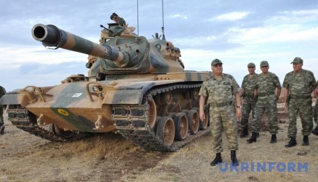 Турция будет продолжать обстрел сирийских курдов - премьер