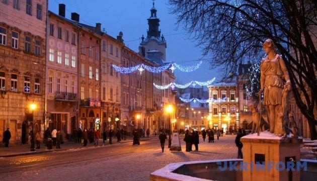 У Львові замінували відразу 10 ресторанів