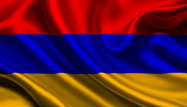 У Єревані демонстранти захопили парламент - ЗМІ