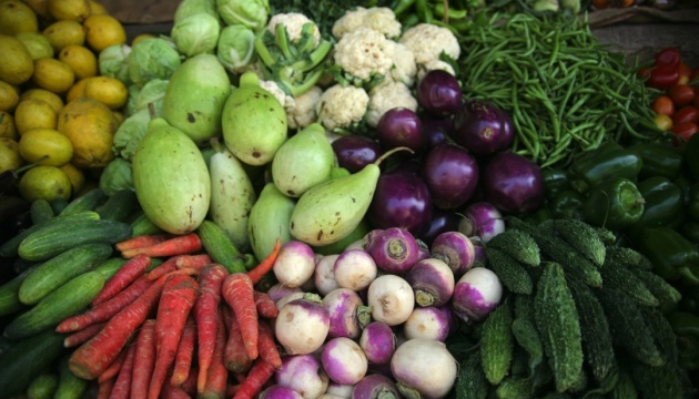 Almost 2 tonnes of banned imported vegetables and fruits destructed in Crimea