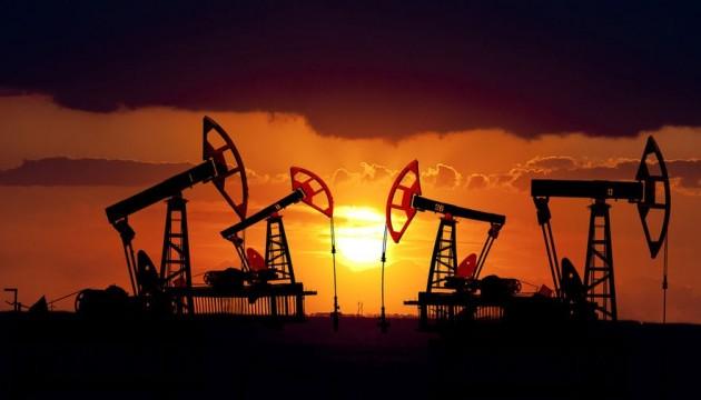 Нефть дорожает на фоне ослабления напряженности в торговых отношениях США и Китая