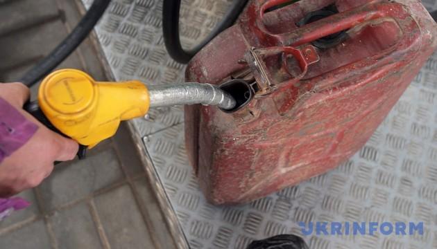 Бензинова криза в анексованому Криму: пальне стало дефіцитом