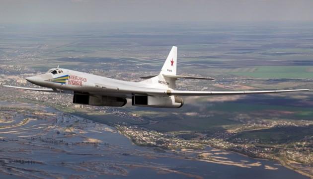 США і Канада перехопили російські Ту-160