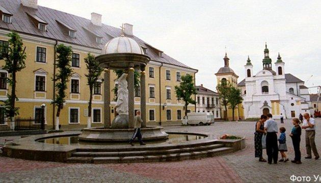 Активісти грозяться не пустити  в Івано-Франківськ «НеАнгелів»