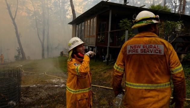 Надзвичайна ситуації в Австралії: евакуюють мешканців одразу трьох міст