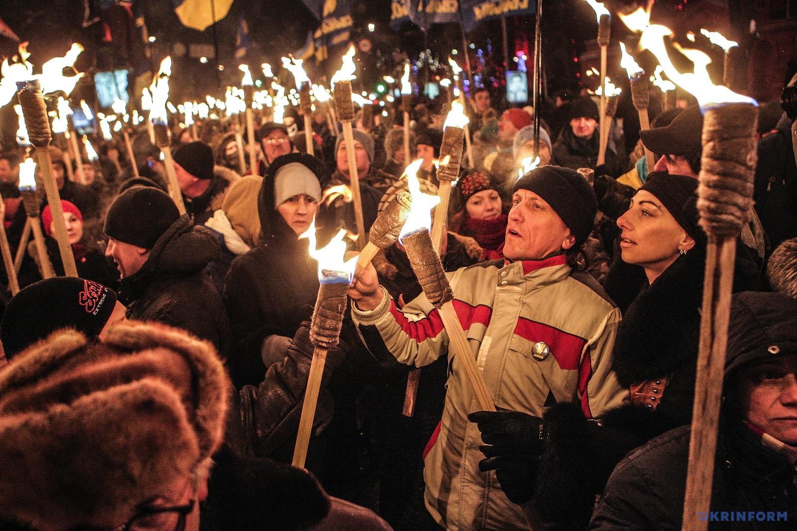Факельное шествие в Киеве по случаю 107-й годовщины со дня рождения Степана Бандеры / Фото: Олег Петрасюк, Укринформ