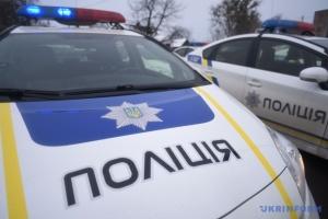 Поліція спростовує стрілянину під час затримання водія на Позняках