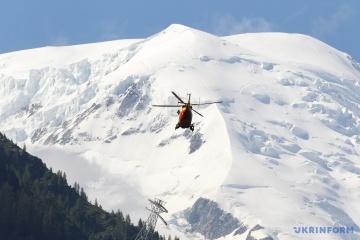 Fort risque d'avalanche dans les Carpates