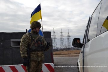L'ONU : Le passage des convois humanitaires dans les zones du Donbass non contrôlés par le gouvernement est limité