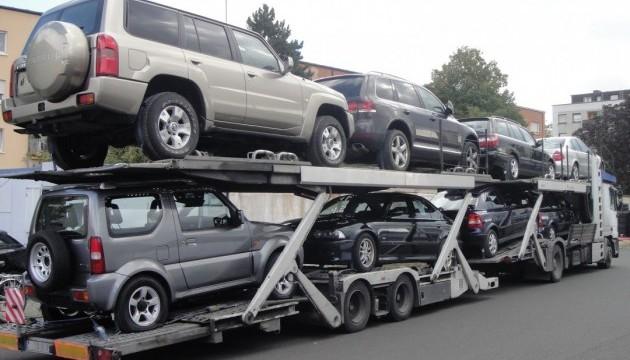 В Україну заборонено ввозити авто старше 5 років