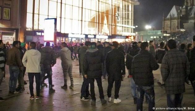 ЗМІ заявляють про значне зростання злочинності серед мігрантів в Німеччині