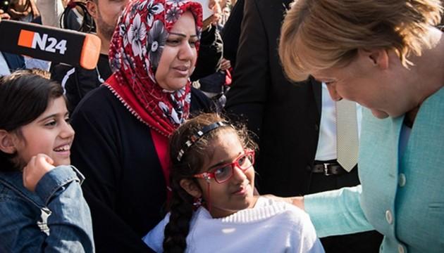 Німці звинувачують Меркель у хибній політиці щодо мігрантів - опитування