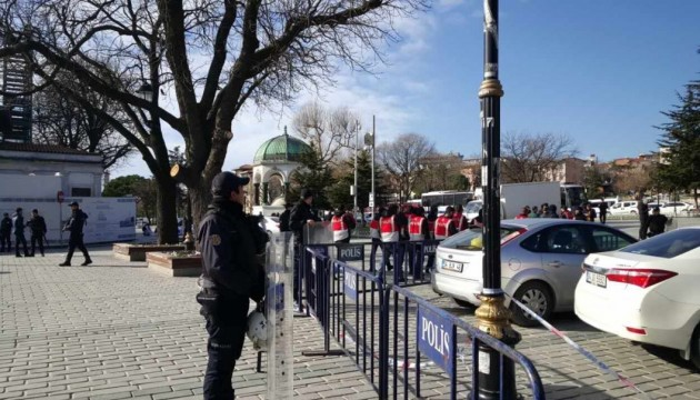 Теракт у Стамбулі: затримали понад 20 підозрюваних