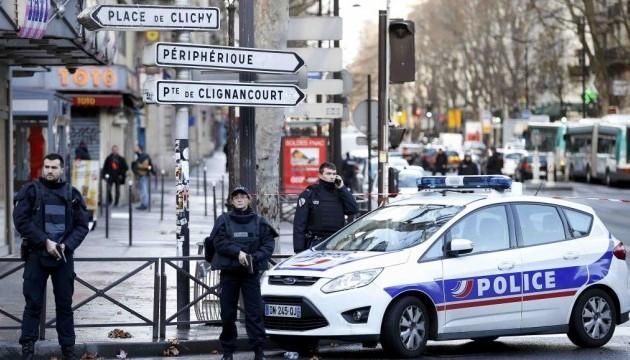 Протести в Парижі переросли в погроми - арештовані восьмеро учасників