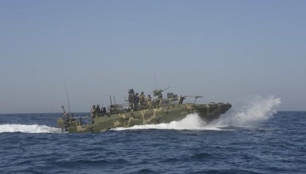 Катери США зайшли у води Ірану через несправну навігацію